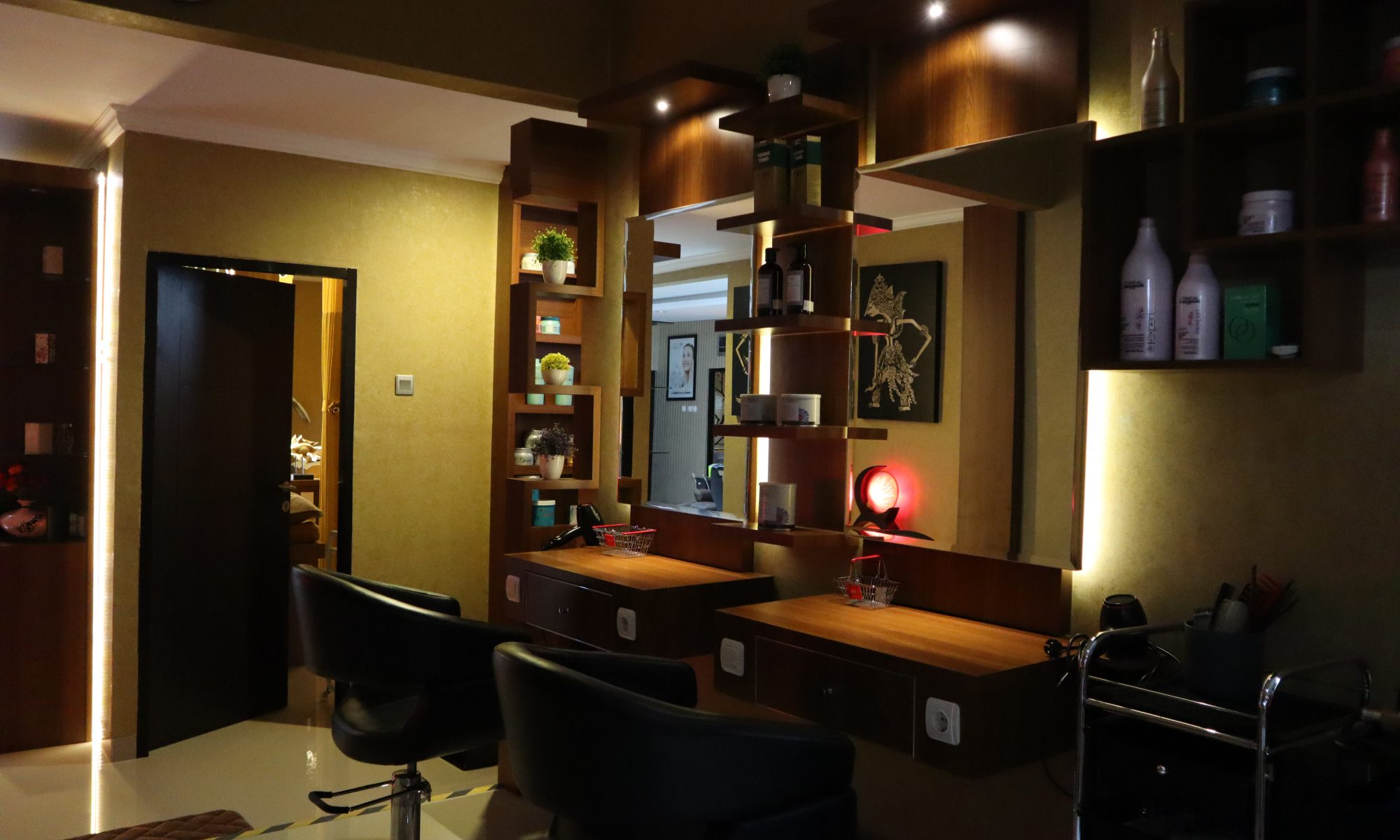 Hugo Beauty Salon